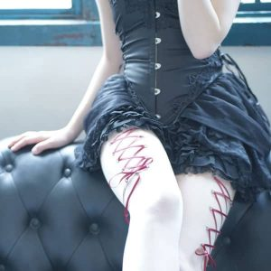 Side corset piercing
