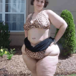 Woman with FUPA.
